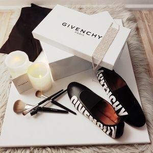 🔥Givenchy's white leather Rivington slipper